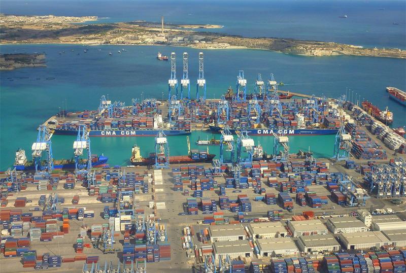 自由港(free port)